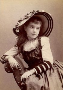 victorian-teenage-girs-from-the-1840s-90s-11